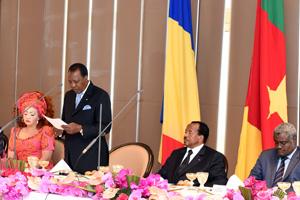 Idriss Déby au Cameroun aujourd'hui.
