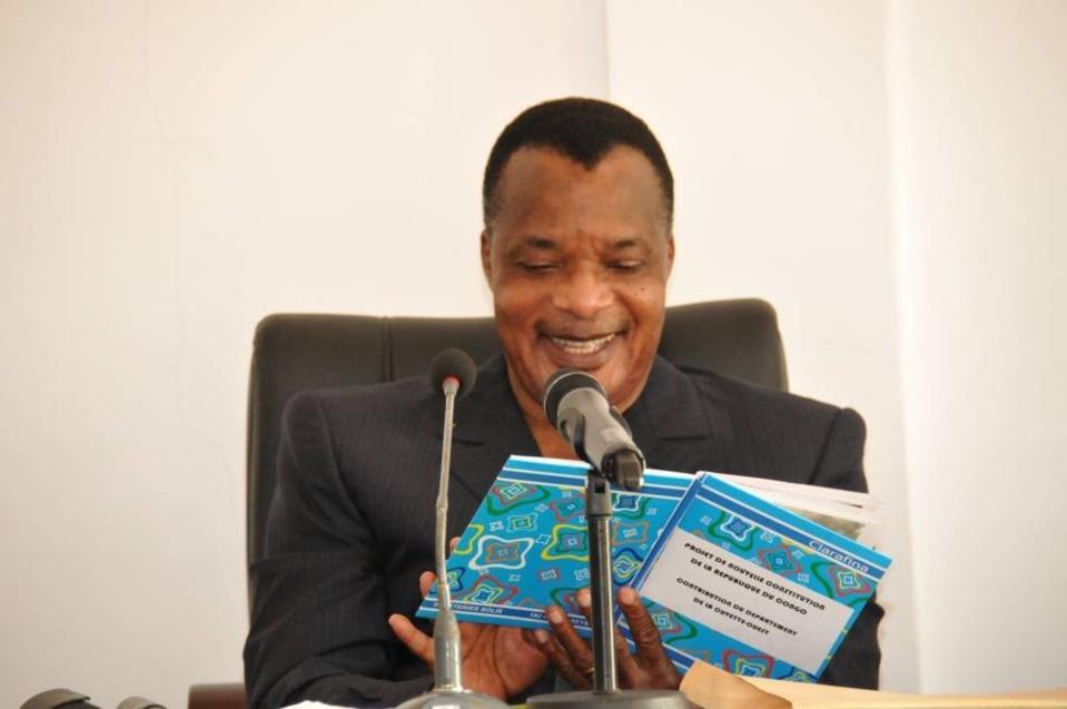 Congo : La cuvette-Ouest remet un projet de nouvelle constitution à Sassou N'Guesso