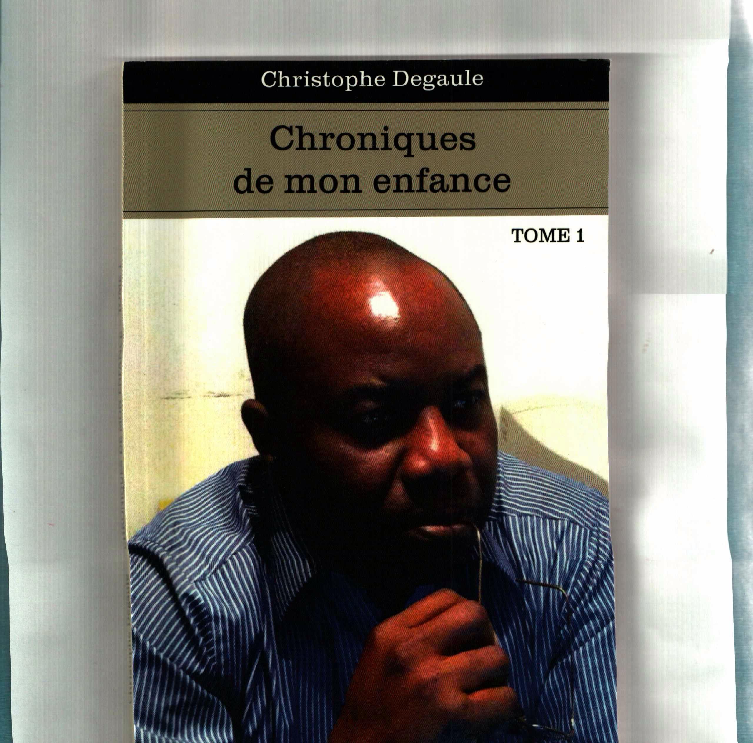 """Culture : Les """"chroniques de mon enfance"""" de Christophe De Gaulle"""