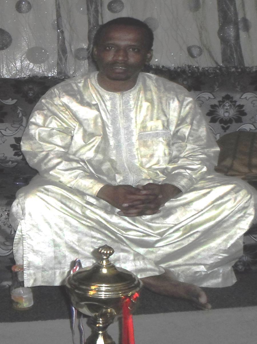 Tchad: L'équipe de football remet son Trophée au député Mahamat Togoï Tékilo