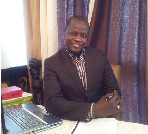 Abdoulaye WADE insulte tous les africains en confortant les théories racistes sur le Nègre