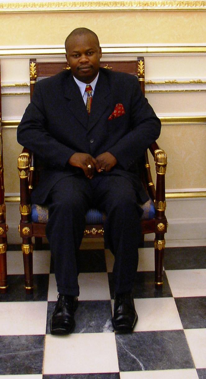 Dr. Mehenou Amouzou