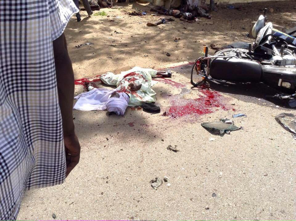 Le kamikaze à l'école de police ce matin. Crédit photo : Twitter/Bobmoustach