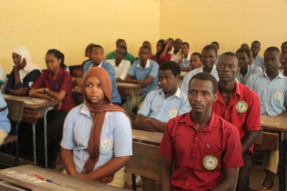 Des candidats au baccalauréat. Crédit photo : ONECS