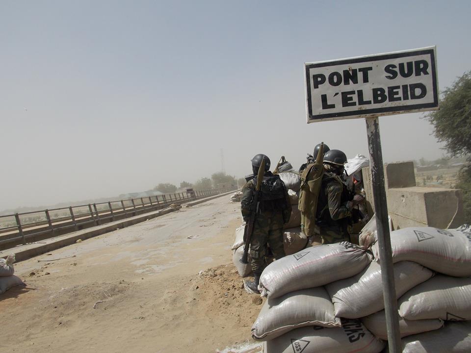 Cameroun: Depuis la ligne de front, un soldat de la Marine Nationale dégaine contre ses supérieurs.