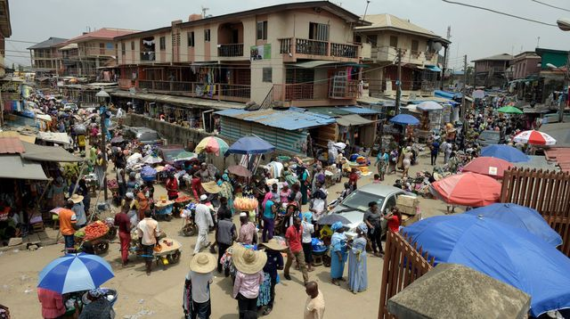 Un marché à Lagos au Nigéria en février 2015. AFP