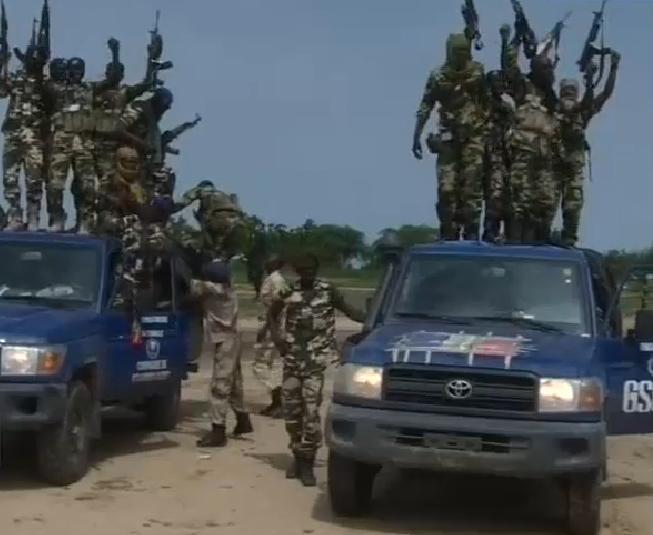 Un contingent de plusieurs centaines de soldats des forces armées tchadiennes en intervention au Niger et au Nigeria (FATINN) vient de regagner le Tchad ce matin.