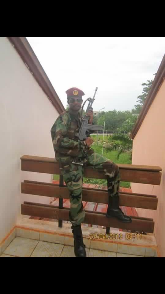 Le colonel Ahmat Nedjad.