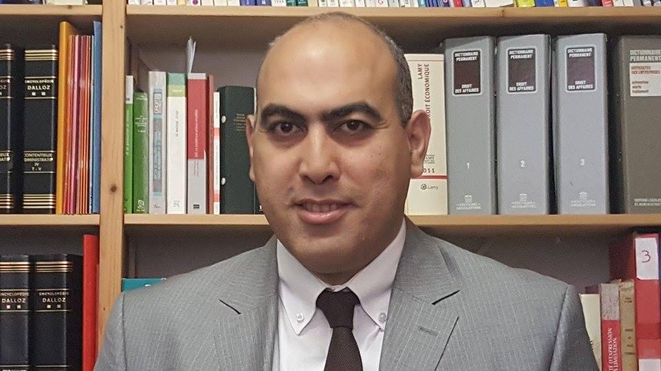 Carte de séjour pluriannuelle: étudiants et salariés Algériens en sont exclus. Fayçal Megherbi
