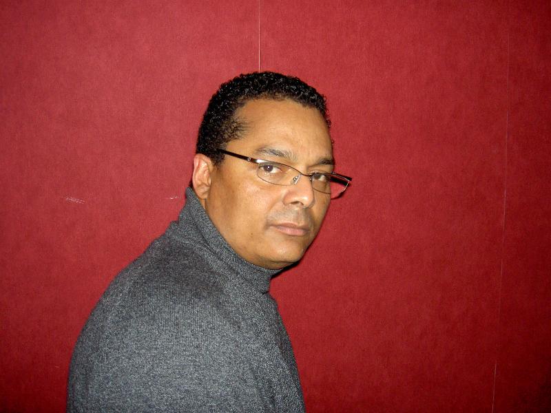 Thierry BADJECK, né le 22 avril 1963 à Yaoundé au Cameroun est métis camerounais par sa mère et français par son père