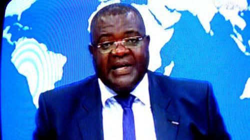 Mathieu Koumba à la présentation du journal de 20 heures.