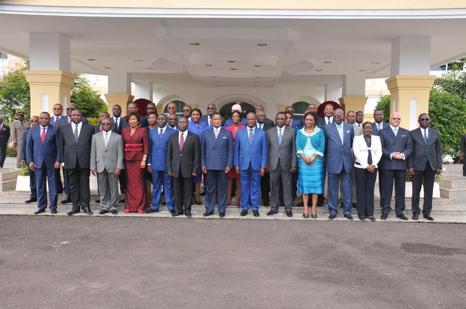 Les membres du gouvernement de la Nouvelle République
