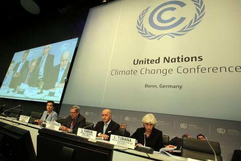 les négociateurs chargés de préparer un projet d'accord sur le climat en vue de la conférence de Paris étaient à la peine à Bonn. © EPA