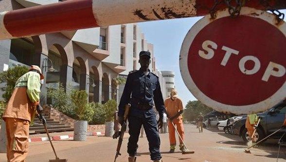 Policier au Mali. Crédit photo : Sources