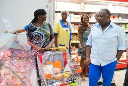 """Ali Bongo: """"Le contrôle des prix du panier de la ménagère doit rester la priorité""""."""