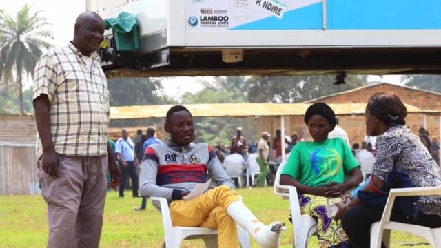 Programme de santé communautaire au Congo : Exaucé Amen Dombo retrouve l'usage de son pied droit après 12 ans