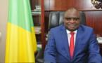 Fêtes de fin d'année au Congo  : le ministre Landry Kolelas échange avec les commerçants à Brazzaville