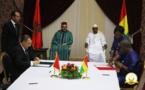 Le Roi Mohammed VI et le Président guinéen, Alpha Condé, président la cérémonie de signature d'accords bilatéraux