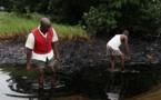 Nigeria : Empressés d'exploiter le pétrole du Lac Tchad, 10 employés d'une société enlevés