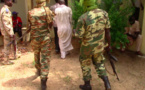 Illustration. Des gendarmes escortent un homme. Crédits : Alwihda Info