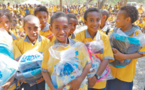 Papua New Guinea students receive Chinese donation of school utensils