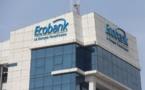 Le personnel d'Ecobank apporte une aide bénévole et recueille des fonds pour les orphelinats