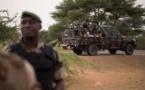 """Déby dénonce des """"attaques barbares et lâches"""" après le drame d'Inates au Niger"""