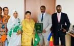 Le Tchad signe l'accord portant création de l'Agence africaine du médicament. © DR