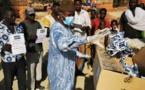 Tchad : à N'Djamena, des citoyens offrent des masques aux plus vulnérables