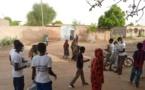 Tchad - Covid 19 : des jeunes distribuent gratuitement des cache-nez à N'Djamena