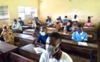 Des candidats dans un centre d'examen à Moundou. © Golmem Ali/Alwihda Info