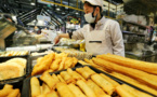 China's catering revenue sees first positive growth of this year