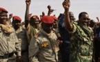 Tchad : Idriss Déby enfile l'uniforme de guerre
