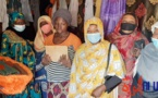 Tchad : la mère des triplés reçoit la visite et l'assistance de militantes associatives