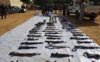 Tchad : la police présente un arsenal de guerre et arrête 80 personnes
