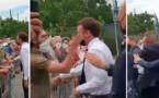 رجل يصفع الرئيس الفرنسي إيمانويل ماكرون