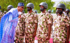 Nigeria : Buhari aux côtés des troupes à Maiduguri