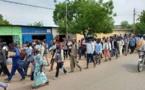 الخريجين العاطلين عن يعلن مغادرة البلاد رسميا والشرطة تستخدم الغاز المسيل