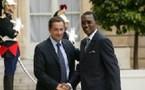 Sarkozy fait escale au Tchad pour arracher la grâce de Deby en faveur des six Français condamnés au Tchad
