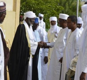 """Tchad : L'imam Hassan Hissein met en garde contre """"ceux qui manipulent l'avenir du pays"""""""