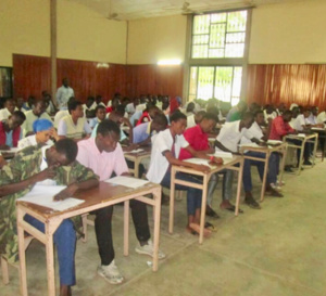 Tchad : Le ministre de l'Éducation menace de sanctionner les enseignants grévistes