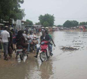 N'Djamena : le curage des caniveaux démarre pour anticiper les inondations