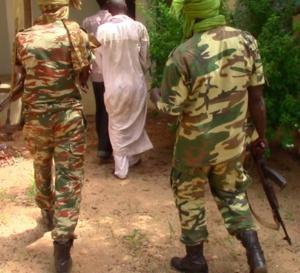 Tchad : 76 kalachnikovs remises par des civils à l'Est