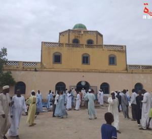 """Tchad : le Palais Royal d'Abéché """"n'est pas un bien de l'Etat"""", met en garde l'avocat Kagonbé"""