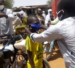 Tchad - Covid-19 : À Mongo, des masques distribués dans toute la ville