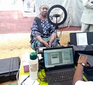 Tchad : la CENI lance la phase pilote de l'enrôlement biométrique à N'Djamena