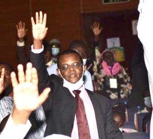 """Tchad : âge de candidature à la présidentielle, """"pourquoi bloquer les autres"""" ?"""