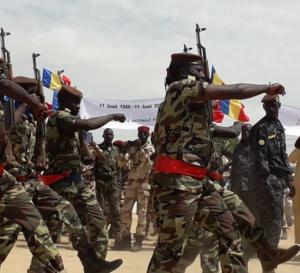 """Fuseau centre : Deby se dit déterminé à rendre opérationnel """"rapidement"""" le bataillon tchadien"""