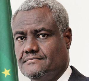 Moussa Faki condamne l'agression des groupes armés contre le Tchad