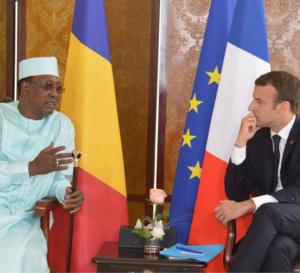 Tchad : le président français est à N'Djamena pour les obsèques d'Idriss Deby